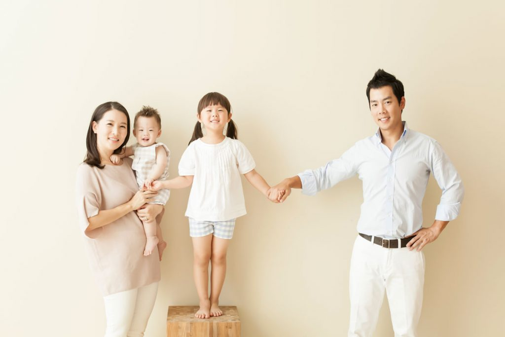 Dr. Shawn Kim of Ace Dental Boston and his family